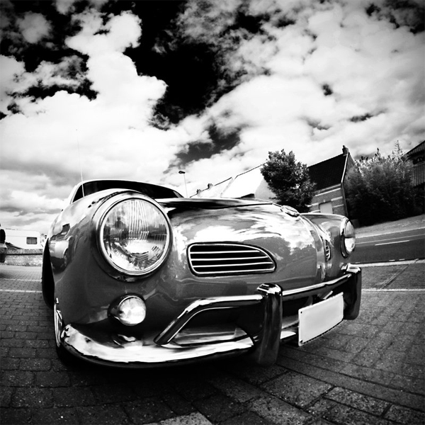 Red Karmann v2 Black White
